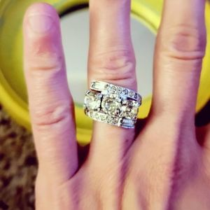 VINTAGE | STUNNING 1930s CLEAR STONE RING